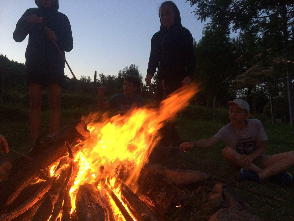 les soirées feu de camp